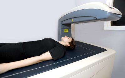 DEXA Scan vs. Hydrostatic Weighing for Body Fat Analysis